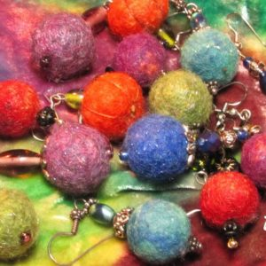 Wool-Bead-Earrings-1024x576